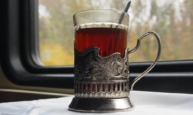 Подарки из России для иностранцев_стаканы в подстаканниках
