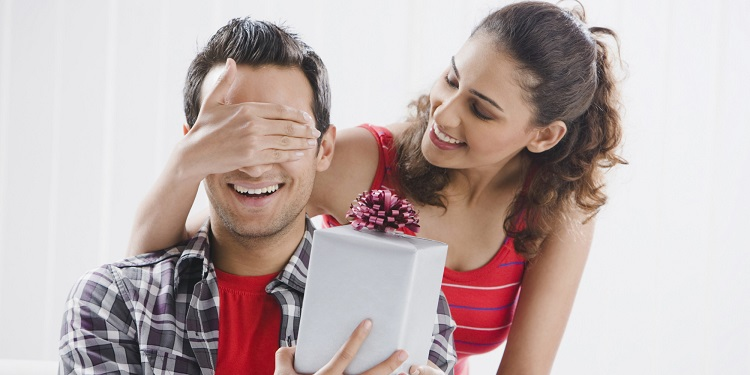 Дорогой подарок мужу